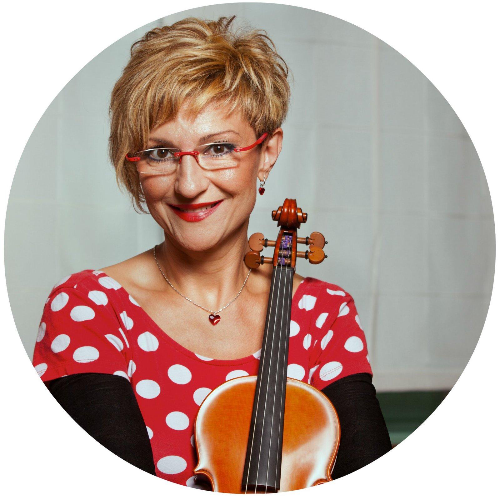Anastazija Juvan, glasbenica